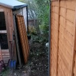 Panelling perimeter fence